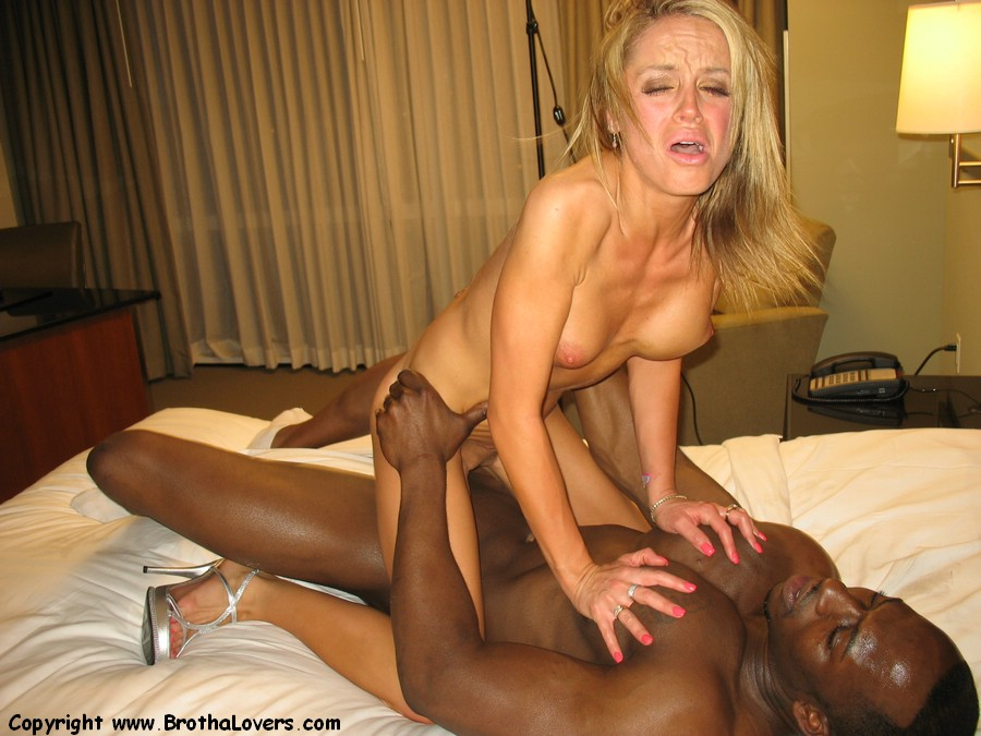 Young white bbw cuck couple well trained by his bbc master 6